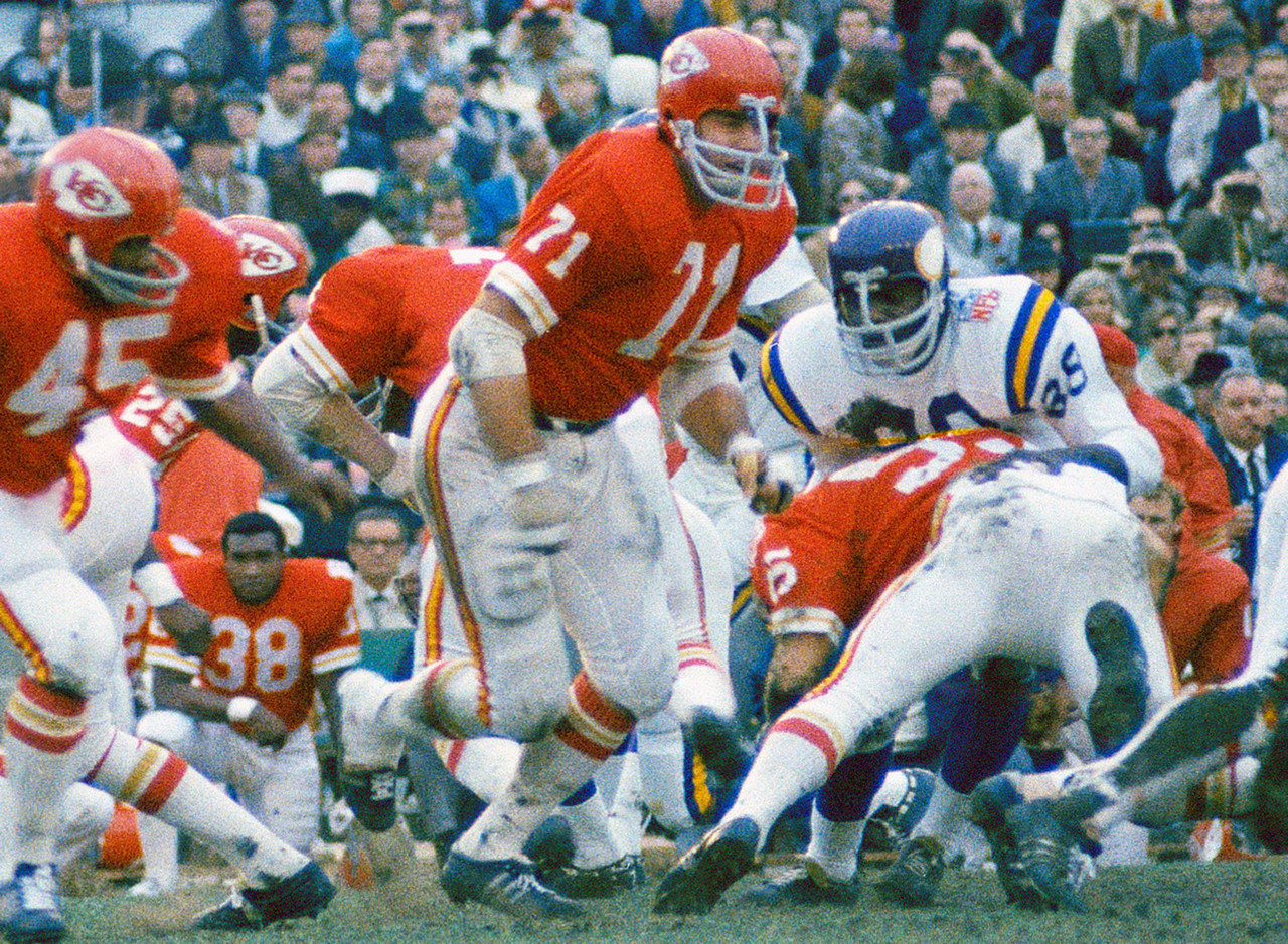 Kansas City Chiefs 1963-1976<br> &raquo; One-time Super Bowl champion (IV), two-time AFL champion (1966, 1969) <br> &raquo; Voted to AFL All-Time Team<br> &raquo; Voted to AFL All-Star team five times, First Team All-AFL twice, Pro Bowl twice<br> &raquo; Voted into Chiefs Hall of Fame