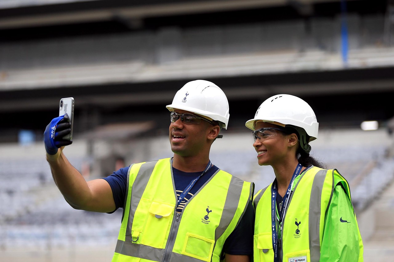 Russell Wilson and Ciara take a selfie at Tottenham Hotspur Stadium on Wednesday, June 20, 2018 in London.