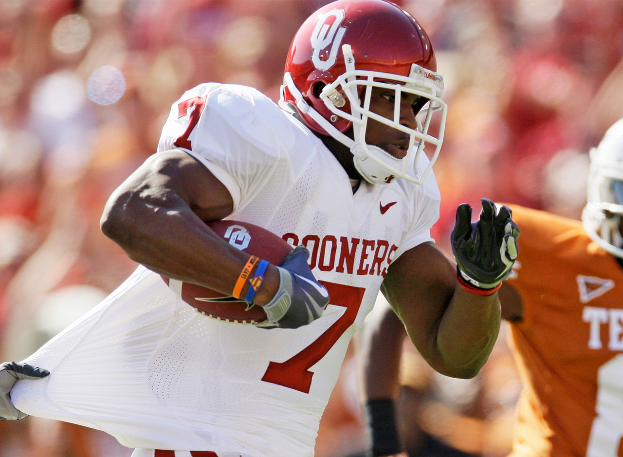 During his four years as the feature back for the Oklahoma Sooners, DeMarco Murray averaged 4.86 yards per carry with 3,685 total rushing yards and 50 touchdowns.