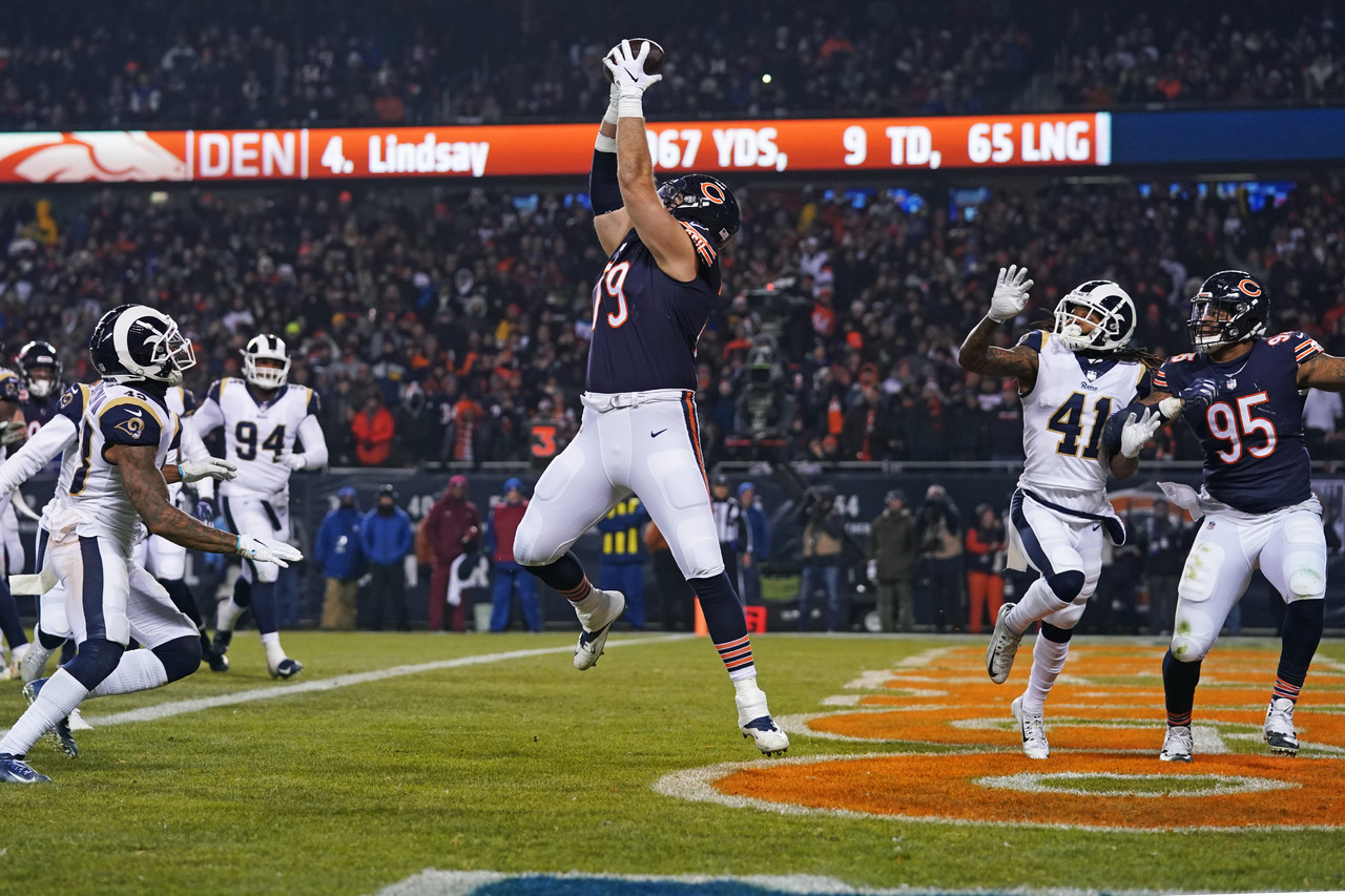 Chicago Bears offensive tackle Bradley Sowell (79) scores on a touchdown reception during the second half of an NFL football game against the Los Angeles Rams Sunday, Dec. 9, 2018, in Chicago.