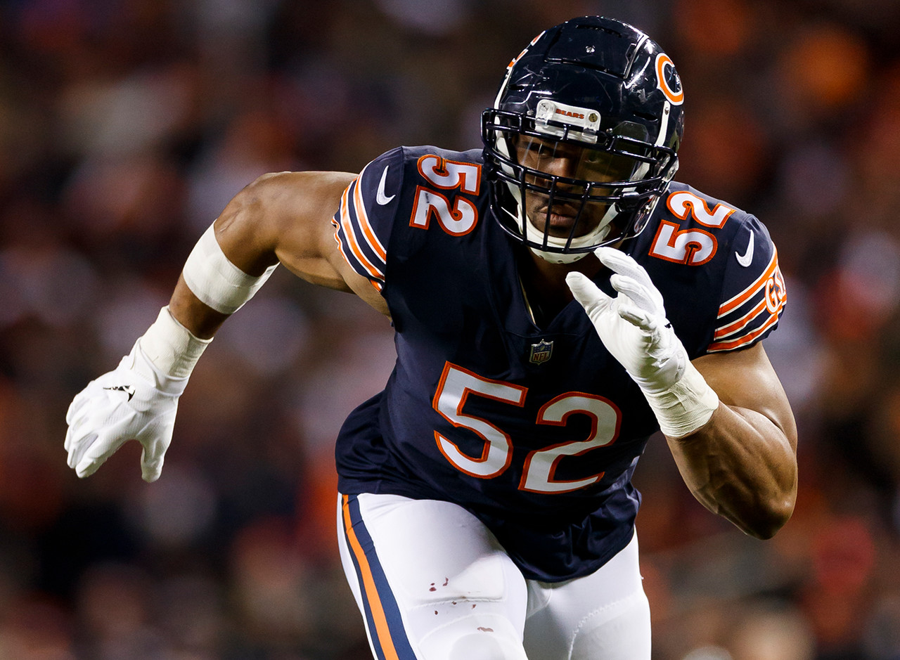 <i><b>Traded from:</b> Raiders to Bears, 2018.</i><br /> <br /> Mack, at least at the time of his trade to Chicago, was as dominant a performer as any player on this list. It's difficult to gauge Mack's legacy, with such limited service in the league and only one season in his new locale under his belt. Yet, you can make the argument that perhaps no player has ever been traded while playing at the level Mack has these last few seasons. When he was healthy in 2018, no defensive player was better, as his 12.5 sacks and 18 QB hits were huge reasons the Bears had one of the most feared defenses in the league, and he helped foster great team success. After another year like that, people are going to talk about Mack as a future Hall of Famer.