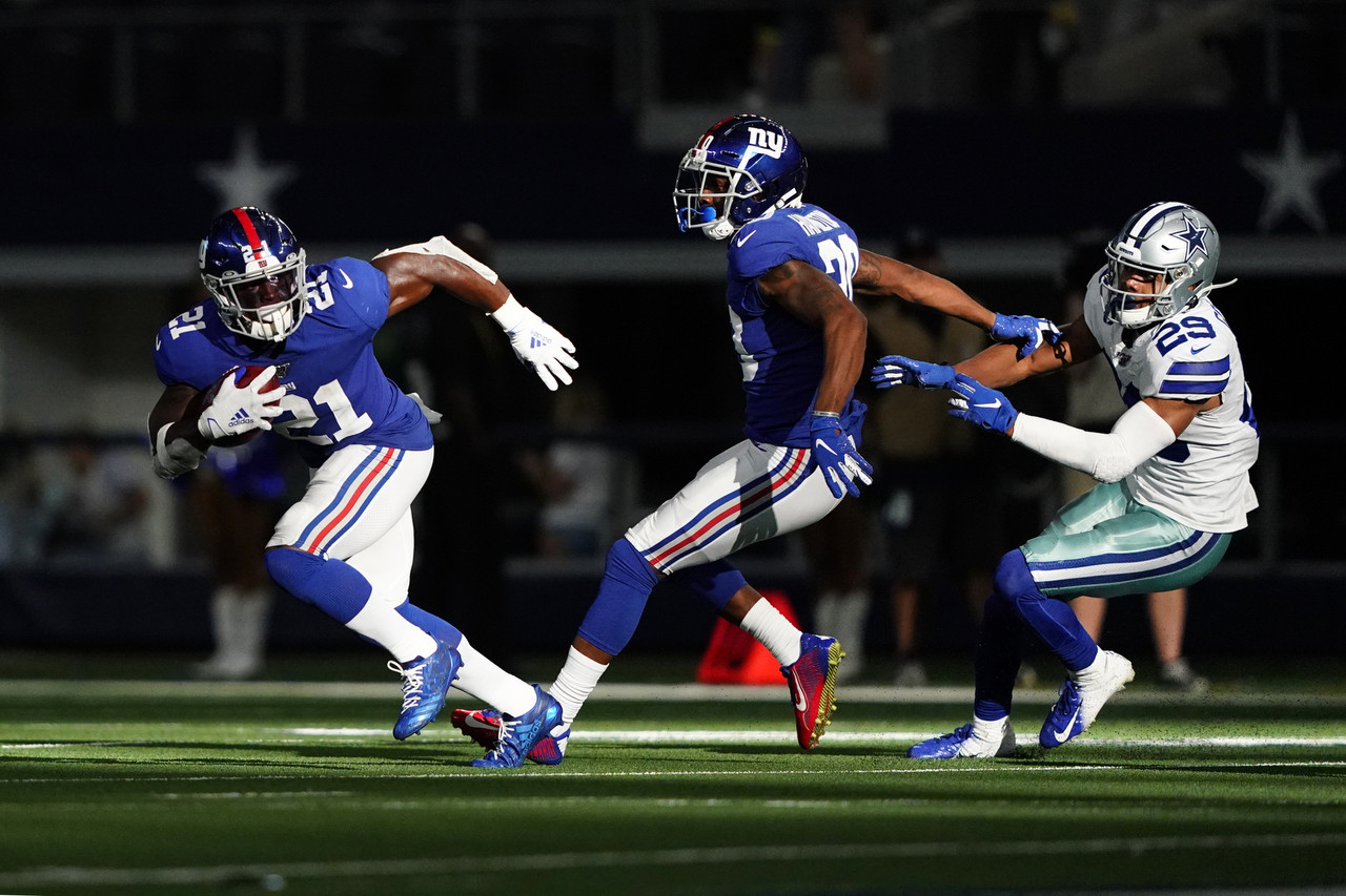 "<a href=""http://www.nfl.com/teams/profile?team=NYG"">New York Giants</a> free safety <a href=""http://www.nfl.com/player/jabrillpeppers/2557980/profile"">Jabrill Peppers</a> (21) runs with the ball during an NFL football game against the Dallas Cowboys in Arlington, Texas, Sunday, Sept. 8, 2019."