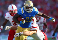 UCLA running back Johnathan Franklin is averaging 10.5 yards per carry through two games.