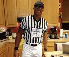 Denver Broncos WR Demaryius Thomas dresses as replacement ref for Halloween.
