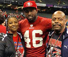 Delanie Walker posted this photo to Twitter Wednesday of himself with his aunt and uncle at the Super Bowl. (@Dwalk46)