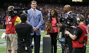 Jason Witten is introduced as the 2012 Walter Payton NFL Man of the Year prior to Super Bowl XLVII at the Mercedes-Benz Superdome.