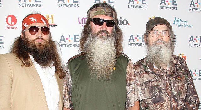 does multimillionaire duck call maker phil robertson center have to do