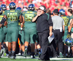 Kelly enjoyed great success at Oregon, but not without controversy.