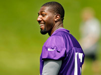 The downgrade from Aaron Rodgers to Christian Ponder is bad news for Greg Jennings? draft value.
