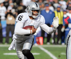 Matt Flynn is expected to start for the Oakland Raiders, but Terrelle Pryor is waiting in the wings.