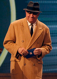 Dan Lauria made his Broadway debut playing the role of Vince Lombardi.