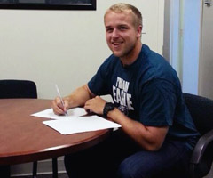 Matt Barkley posted a photo of himself signing his rookie contract with the Philadelphia Eagles on Thursday.