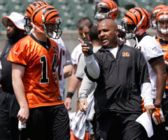 Upon taking over as the Cincinnati Bengals' offensive coordinator this offseason, Hue Jackson called Andy Dalton to express confidence in him as the team's starting quarterback.