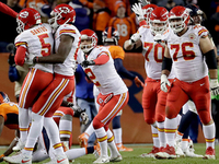 Justin Houston, Tyreek Hill power Chiefs to OT win over Broncos - NFL.com
