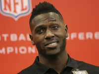 Steelers' Antonio Brown has six-figure deal with Facebook