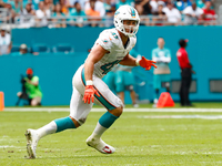 Kiko Alonso signs three-year extension with Dolphins