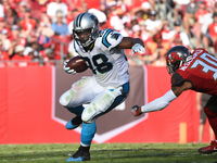 Jonathan Stewart signs Panthers contract extension