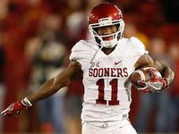 Jaguars draft WR Dede Westbrook in fourth round