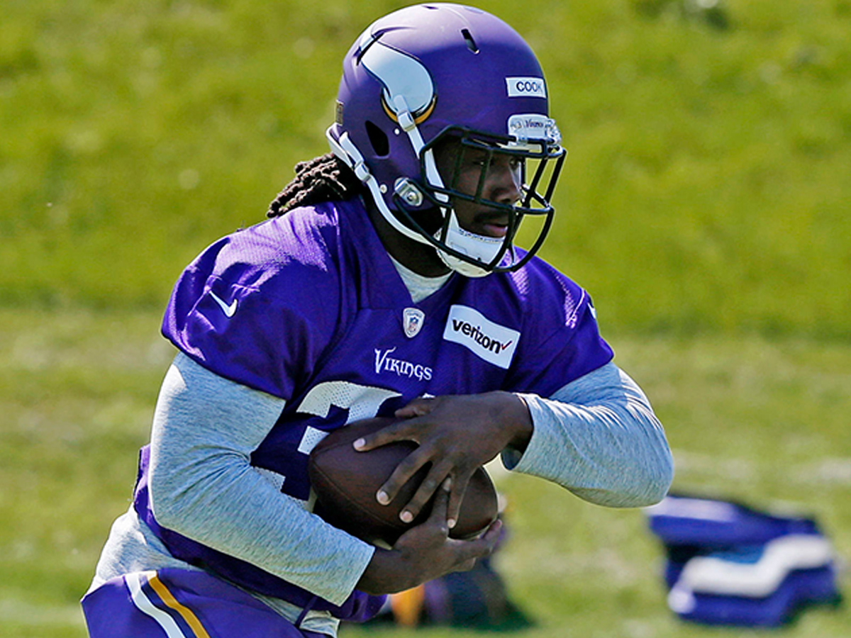 Dalvin Cook Signs Rookie Contract With Vikings Nfl Com