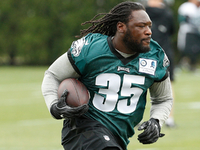 Pederson sees Blount as 'big part' of Eagles' offense