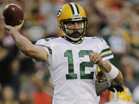 Rodgers let arm 'come all the way back' during rest