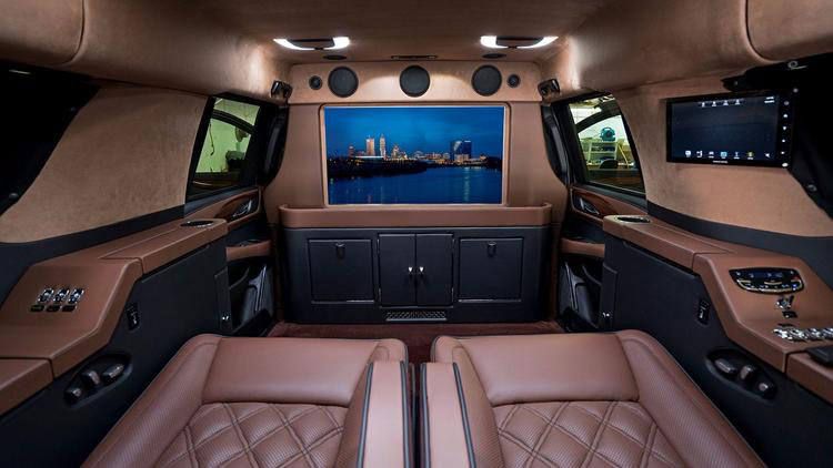 Chargers QB Philip Rivers' custom SUV is equipped with satellite TV, WiFi and a small refrigerator (San Diego Union Tribune).
