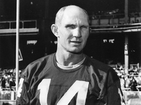Pro Football Hall of Fame QB Y.A. Tittle dies at 90