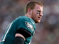 Carson Wentz suffers torn ACL in win over Rams