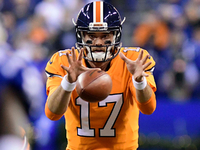 Brock Osweiler comes off bench, leads Broncos to win