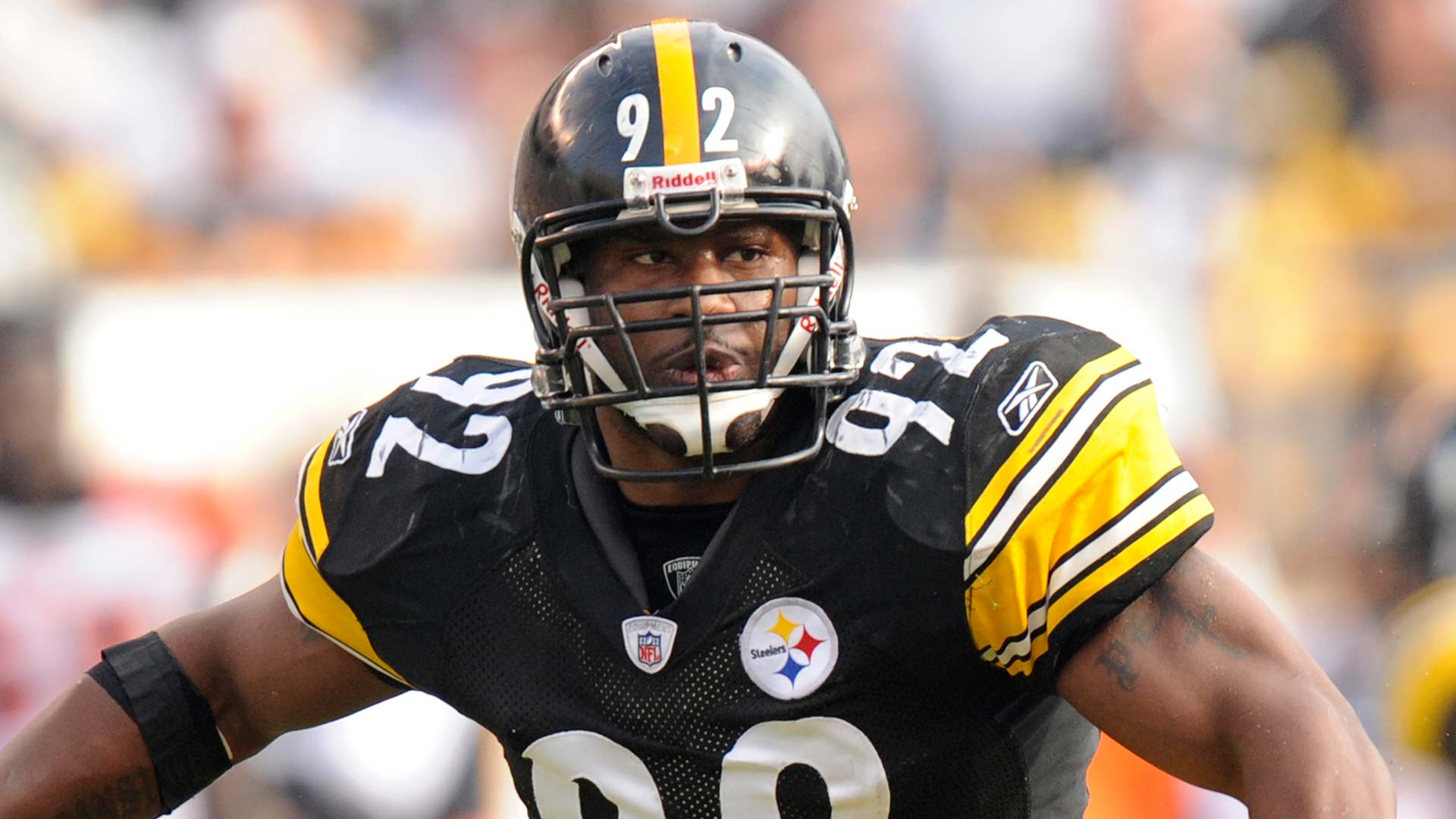 Pittsburgh Steelers linebacker James Harrison (92) in action against the Cincinnati Bengals during the first quarter of an NFL football game Sunday Nov. 15, 2009 in Pittsburgh. Cincinnati won 18-12.