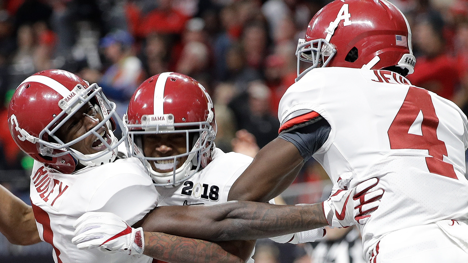 Alabama wide receiver DeVonta Smith (6) celebrates his touchdown during overtime of the NCAA college football playoff championship game against Georgia, Monday, Jan. 8, 2018, in Atlanta. Alabama won 26-23 in overtime.(AP Photo/David J. Phillip)
