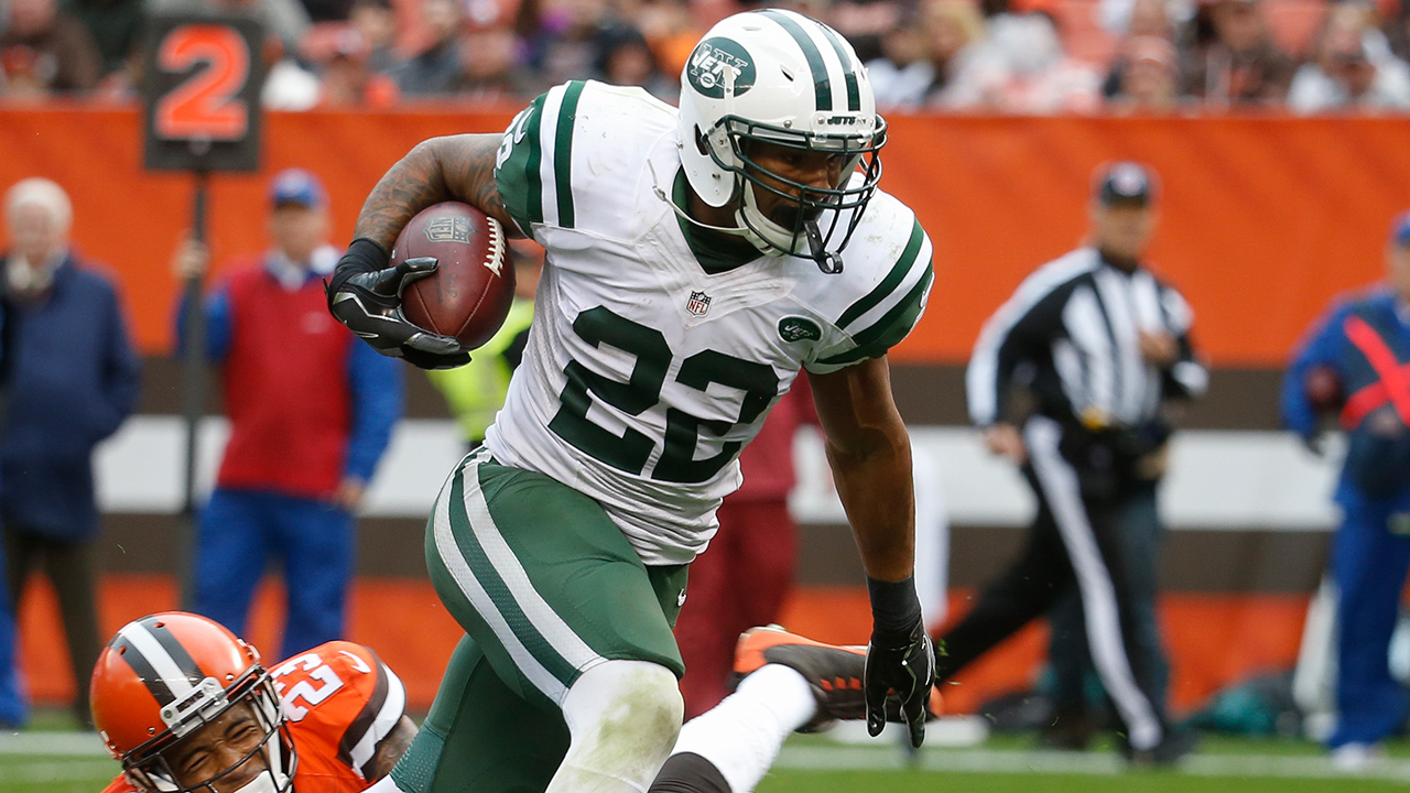 New York Jets running back Matt Forte (22) breaks away from Cleveland Browns cornerback Joe Haden (23) on the run in the second half of an NFL football game, Sunday, Oct. 30, 2016, in Cleveland.