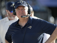 Wade Phillips: 'Next year we're gonna kick' the door in thumbnail