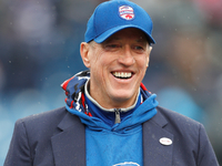Jim Kelly's wife says latest surgery for QB 'went well'