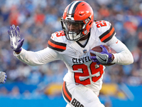 Browns GM: RB Duke Johnson not 'expendable yet' thumbnail