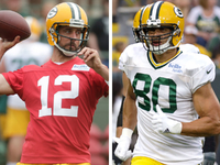 Aaron Rodgers, Jimmy Graham getting on identical page thumbnail