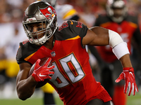 Bucs TE O.J. Howard suffered sprained MCL on Sunday thumbnail