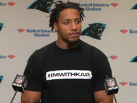 Ron Rivera: Eric Reid signing 'a soccer resolution' thumbnail