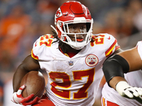 Roundup: Kareem Hunt fined $26.7K for unlawful hit thumbnail