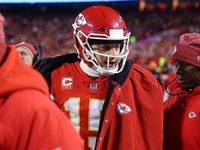 Patrick Mahomes watches OT from sideline in loss thumbnail