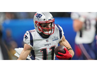 Julian Edelman: The Patriots 'grade people differently' thumbnail