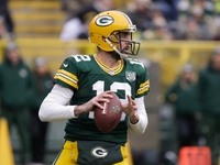 Aaron Rodgers wants Packers to play in London game thumbnail