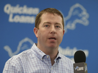 Lions GM Bob Quinn would consider drafting QB at No. 8 thumbnail