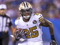 Lions work out former Patriots RB Mike Gillislee thumbnail