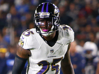 Ravens, CB Tavon Young agree to three-year extension thumbnail