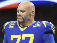 Rams' Andrew Whitworth announces he'll return in '19 thumbnail