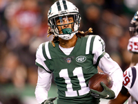 Jets placing second-round tender on Robby Anderson thumbnail