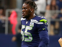 Frank Clark won't sign franchise tag until deal is done thumbnail