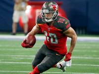 Titans to sign Adam Humphries to 4-year contract thumbnail