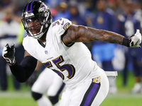 LB Terrell Suggs expected to sign with Cardinals thumbnail